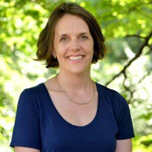 headshot of Sarah Bowen